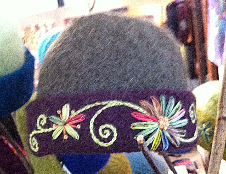 My CCM hat Knitting In Flashes