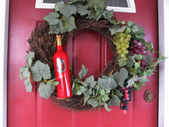wine-bottle-wreath